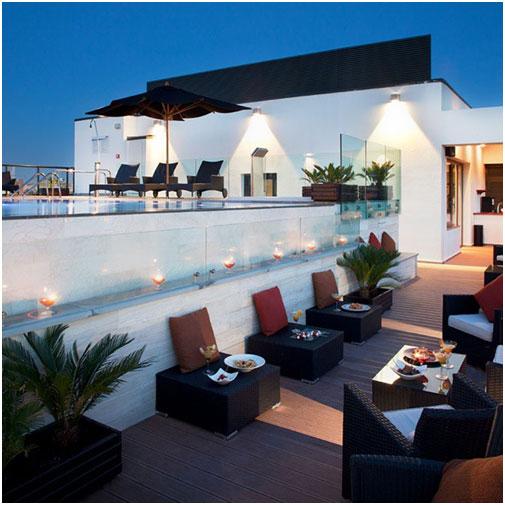 H10 Hotels- Terraza Nocturna con Piscina
